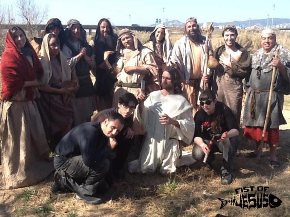Equipo, actores y figurantes tras el rodaje del teaser.