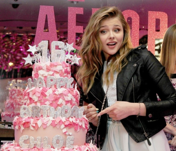 chloe_moretz_10th_anniversary_of_teen_vogue_of_chloe_moretz_ssweet_16_ny_february_7_2013_uTe39hG7_sized