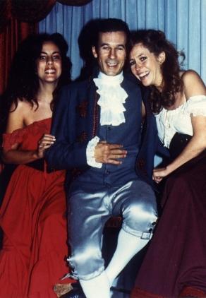 Una imagen tomada durante el rodaje. En la imagen Mercè Fillola, Toni Isbert y María Elías.