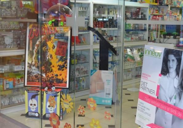 Cryptshow toma los comercios de Badalona (o la ciudad apoyando su festival)