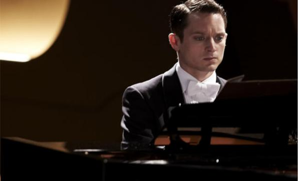 EXCLUSIVA-Primera-imagen-de-Elijah-Wood-en-Grand-Piano_noticia_main_landscape