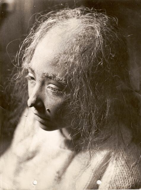 Un detalle del maquillaje que tuvo que sufrir Marián (Archivo Marián Salgado)