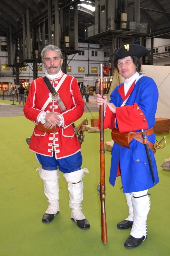 Aunque los uniformes ciertamente daban color...