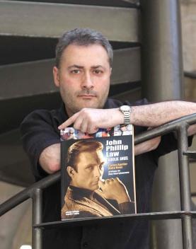 """Presentando el libro """"John Phillip Law: Diabolik Angel"""" en Gijón (2008)."""