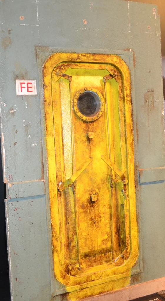 Y ya en [REC]4 una de las puertas del barco donde se desarrolla la acción...