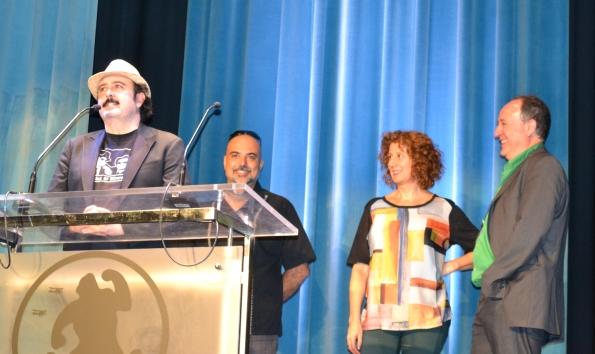 El equipo de Pos eso presentando el film en L'Auditori. Carlos Areces se dirige al público con Sam, su director, tras él acompañado de los  productores.