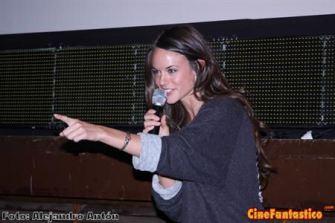 Sarah Butler presentando I Spit on your Grave en el cine Retiro durante el Festival de Sitges.