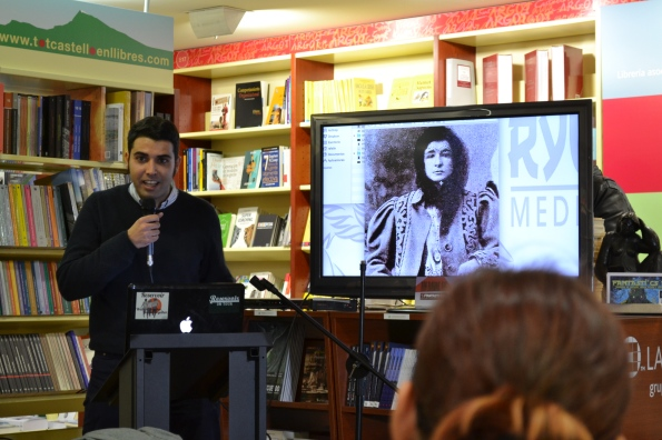 Rafa Lis hablando del proyecto transmedia La Ropavejera centrado en Enrique Martí, la vampira del carrer Ponent.