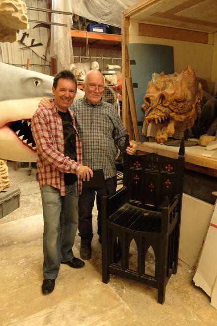 Luis Esquinas junto a Colin Arthur en su taller (Archivo L. Esquinas)