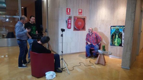 Realizando la entrevista a Miguel A. Plana (Archivo Fantcast)