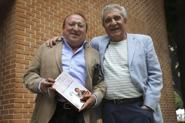 Esteso y Pajares durante la presentación del libro en la pasada Feria del libro de Madrid (foto:heraldo.es)