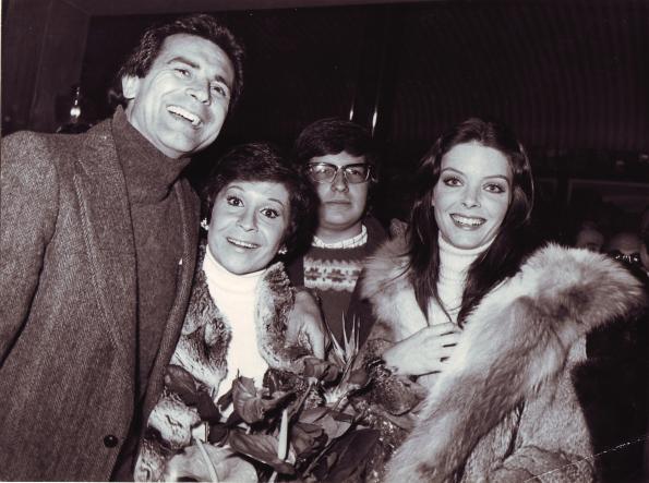 Con Lina Morgan y Patty Shepard en el estreno de Una Monja y un Don Juan