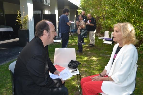 También hubo tiempo para hacer una pequeña entrevista a la maravillosa Rosanna Yanni, que era un encanto.