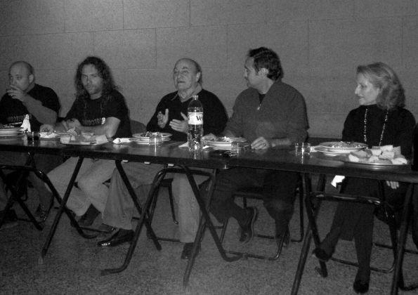 Cena durante la segunda edición de Cardoterror con Dani Masip, Paul Naschy y Elvira Primavera, entre otros (foto archivo Cardoterror)
