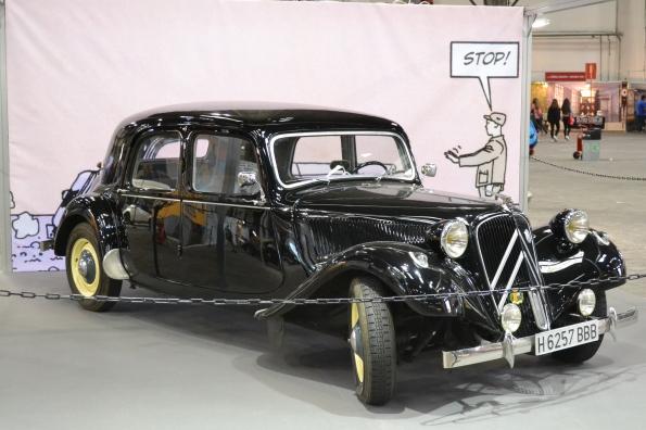 Mientras tanto en el pabellón Nº 1 pueden verse coches como este modelo de Citroën, utilizado por Moebius en el cómic 'Sobre la estrella', que va ser un encargo de la propia fábrica de automóviles.