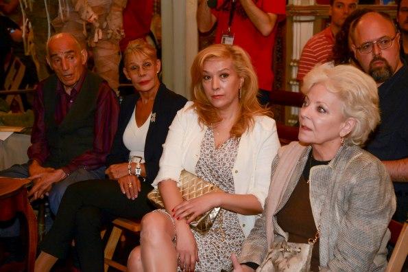 Algunos de los ilustres asistente al evento: José Lifante, Rosa Valenti, Sandra Alberti, Lone Fleming y, detrás, Arturo de Bobadilla (foto: Museo de Cera/gentileza V. Matellano)
