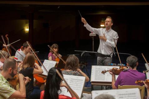 Isabel Segunda temporada. Federico Jusid y la Orquesta y Coro de RTVE